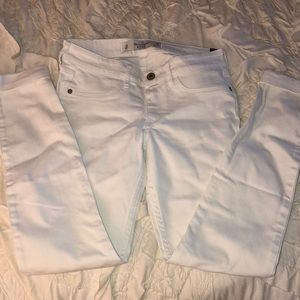 👖 Abercrombie & Fitch white skinny jeans